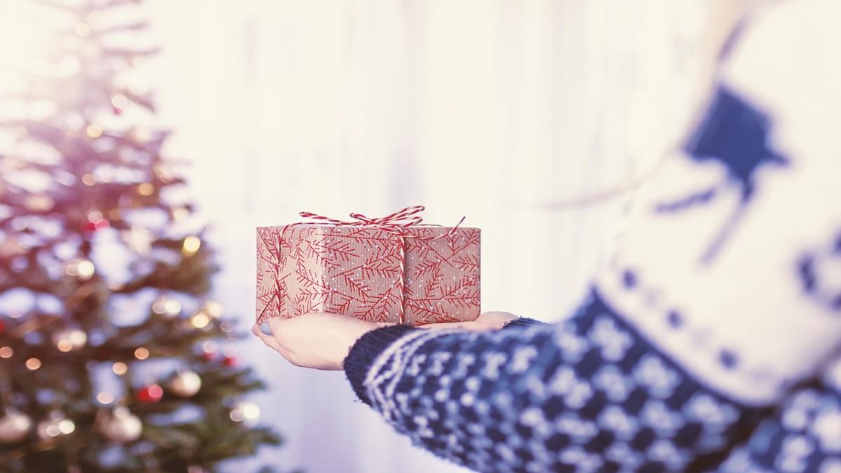 Regali Di Natale Per Donne.Regali Di Natale Donna Idee Originali Ed Economiche